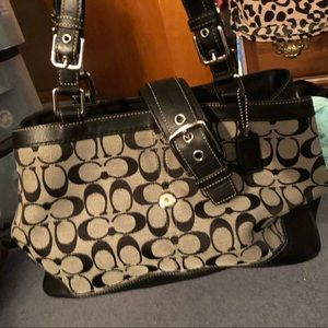 Coach purse. Barely used.